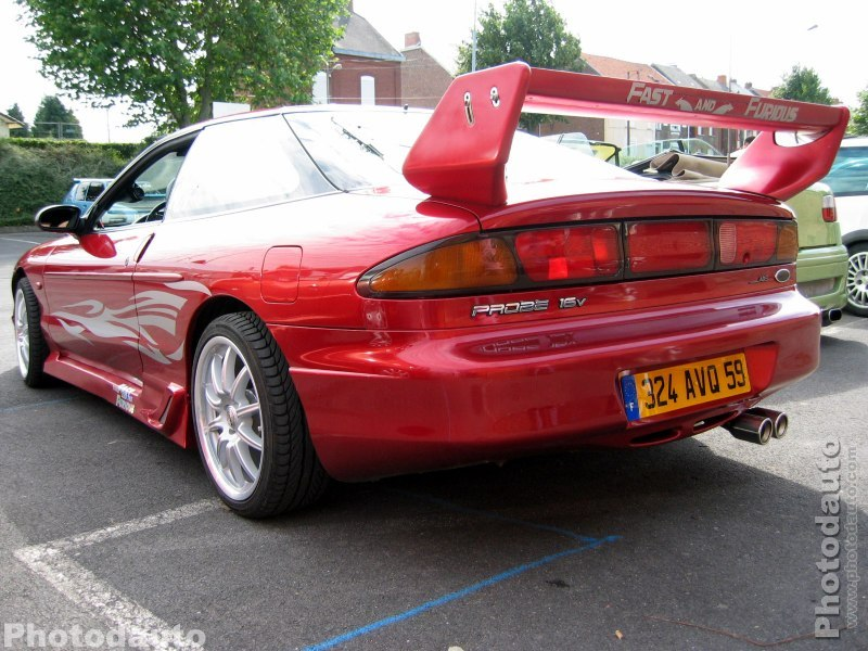 Ford Probe rouge arrière